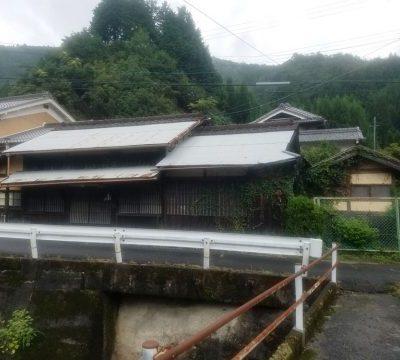 【売買】100万円 奈良県吉野郡東吉野村三尾 小川のそばにある土間付き平屋 駐車2台